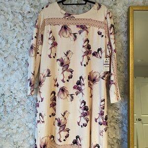 NWT Alfani Spring Floral Dress!